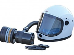 Kasco K80S-T9R 12-volt DC spray helmet with Battery Pack